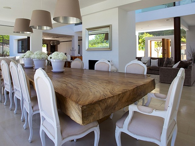 dinning area at private villa rental