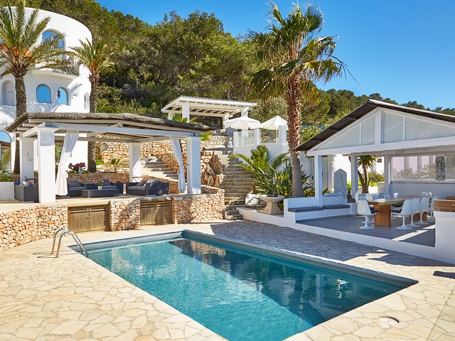 luxury private villa in ibiza to rent