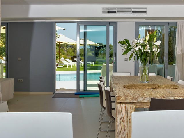 dinning area with view of pool