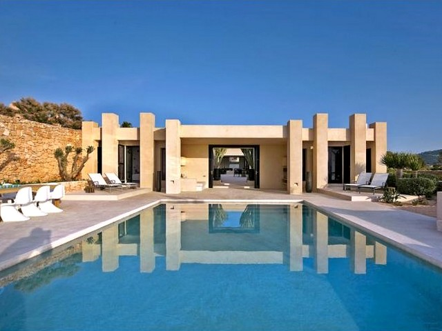 Minimalist style luxury Ibiza villa only 2 minute drive from Cala Vadella