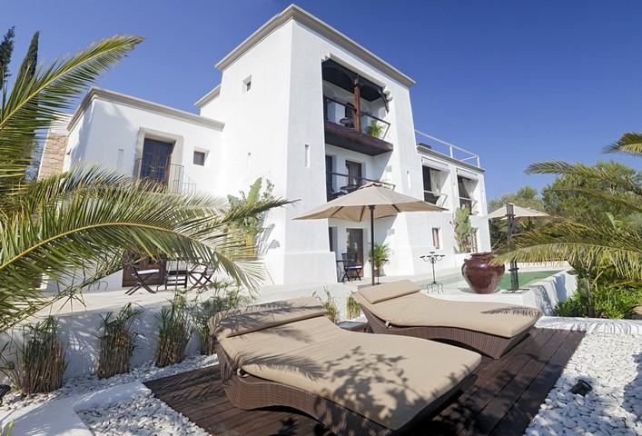 Large 6 bedroom luxury Ibiza villa in San Juan area, St. Miguel