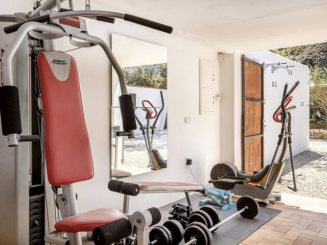 ibiza villa with gym for rent