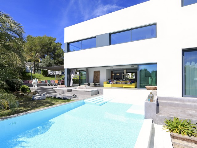 amazing villa in ibiza to rent