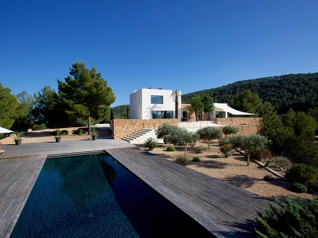 Contemporary villa in Ibiza