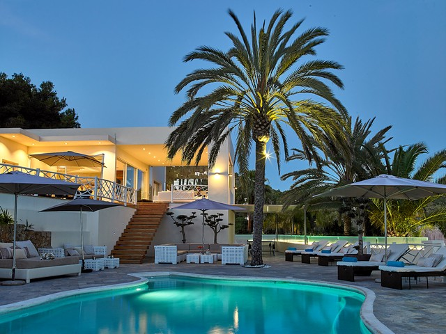 ibiza villa rental by night