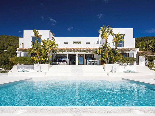 Luxury villa for 12 people in Ibiza