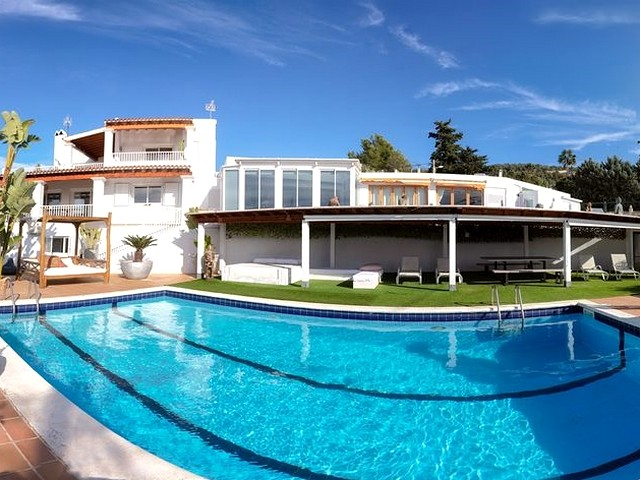 Large Ibiza villa with private pool