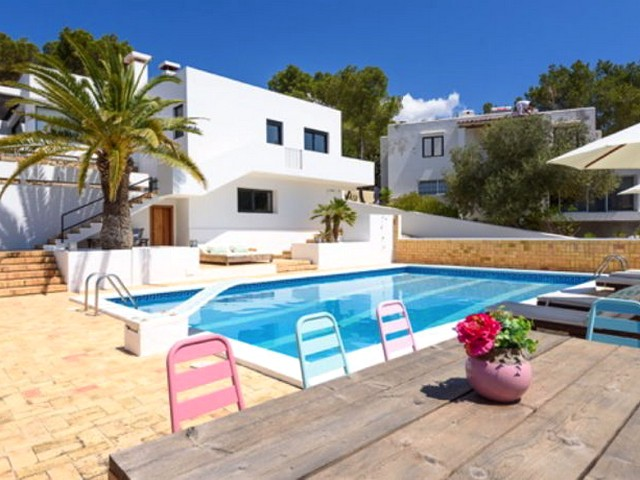 Charming Ibiza villa for rent located in the area of Salinas