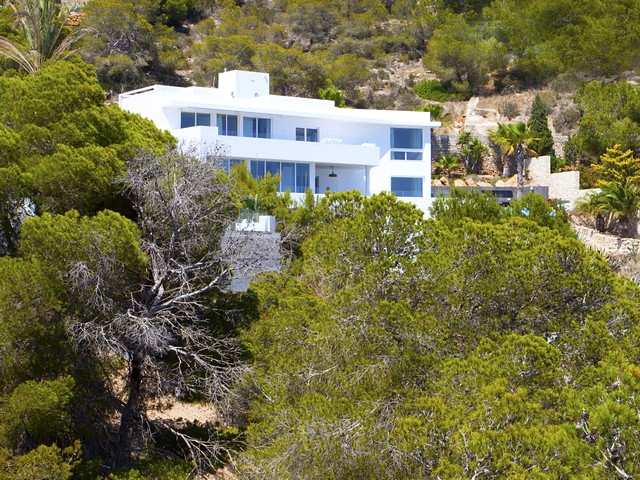 High quality villa with amazing sea view in Roca Llisa