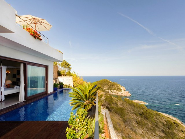 luxury Ibiza villa to rent in Roca Llisa with sea view