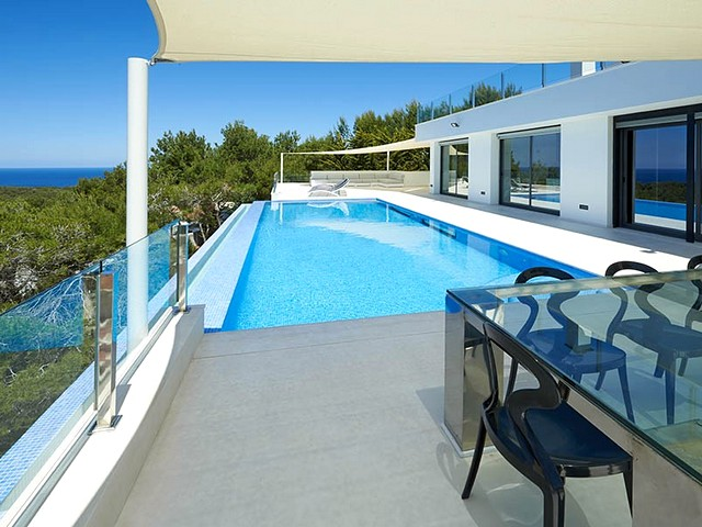Amazing Ibiza villa to rent in the San Antonio area