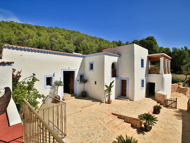 beautiful ibiza finca rental