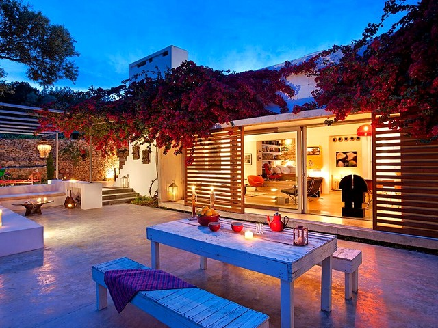 Modern villa for rent in Ibiza