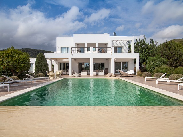 Luxury villa for rent in Ibiza